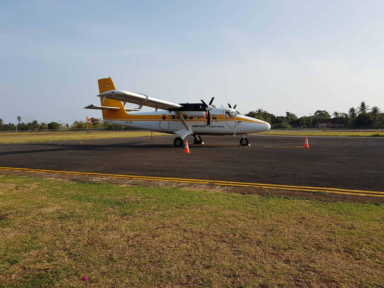 Avion de Karimunjawa pour Surabaya, Indonésie