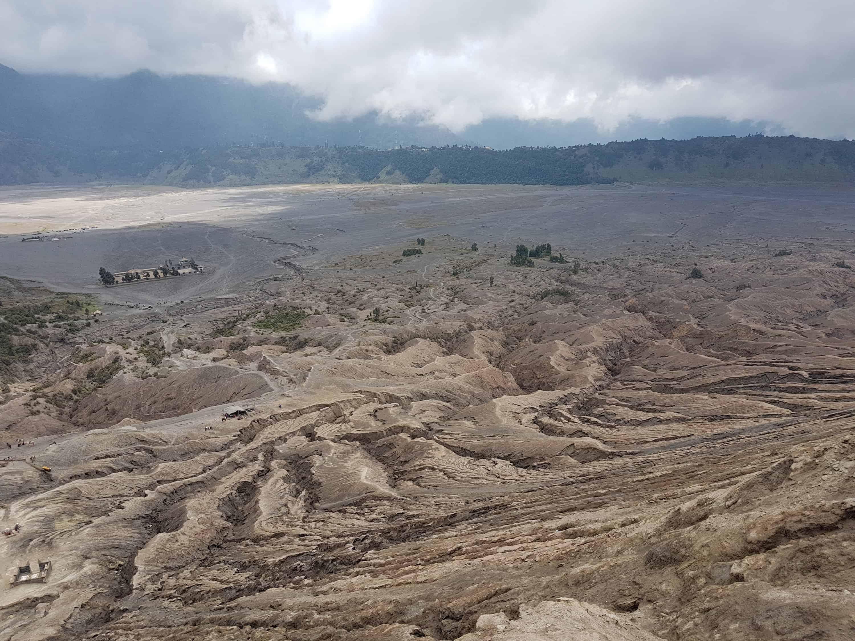 vue depuis le cratère du Mont Bromo, Indonésie