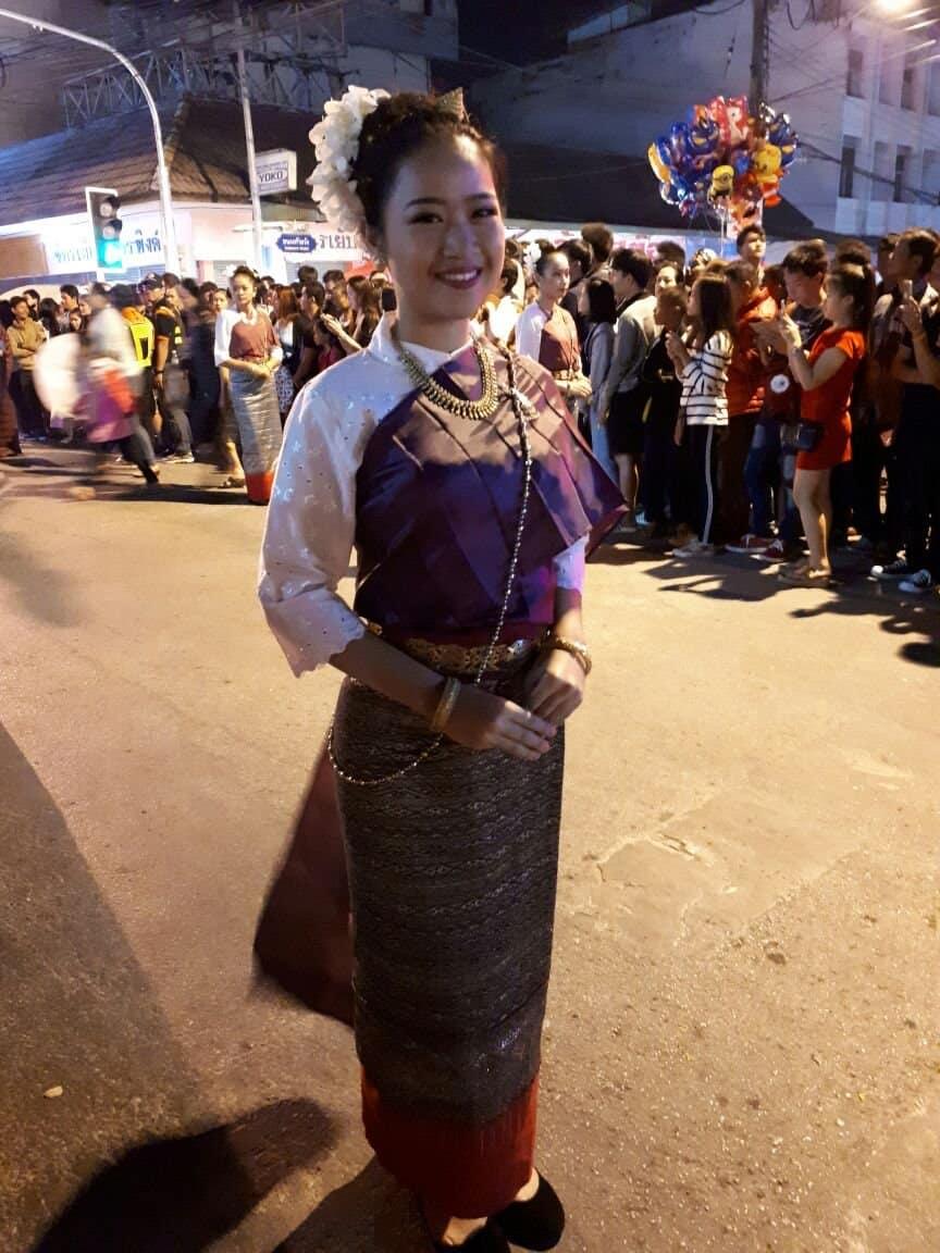 Thaïlande, parade dans les rues de Chiang Mai 🎆 5