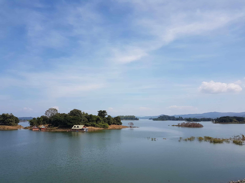 Thaïlande, un joli village de pêcheurs au bord de l'eau 🛶 2