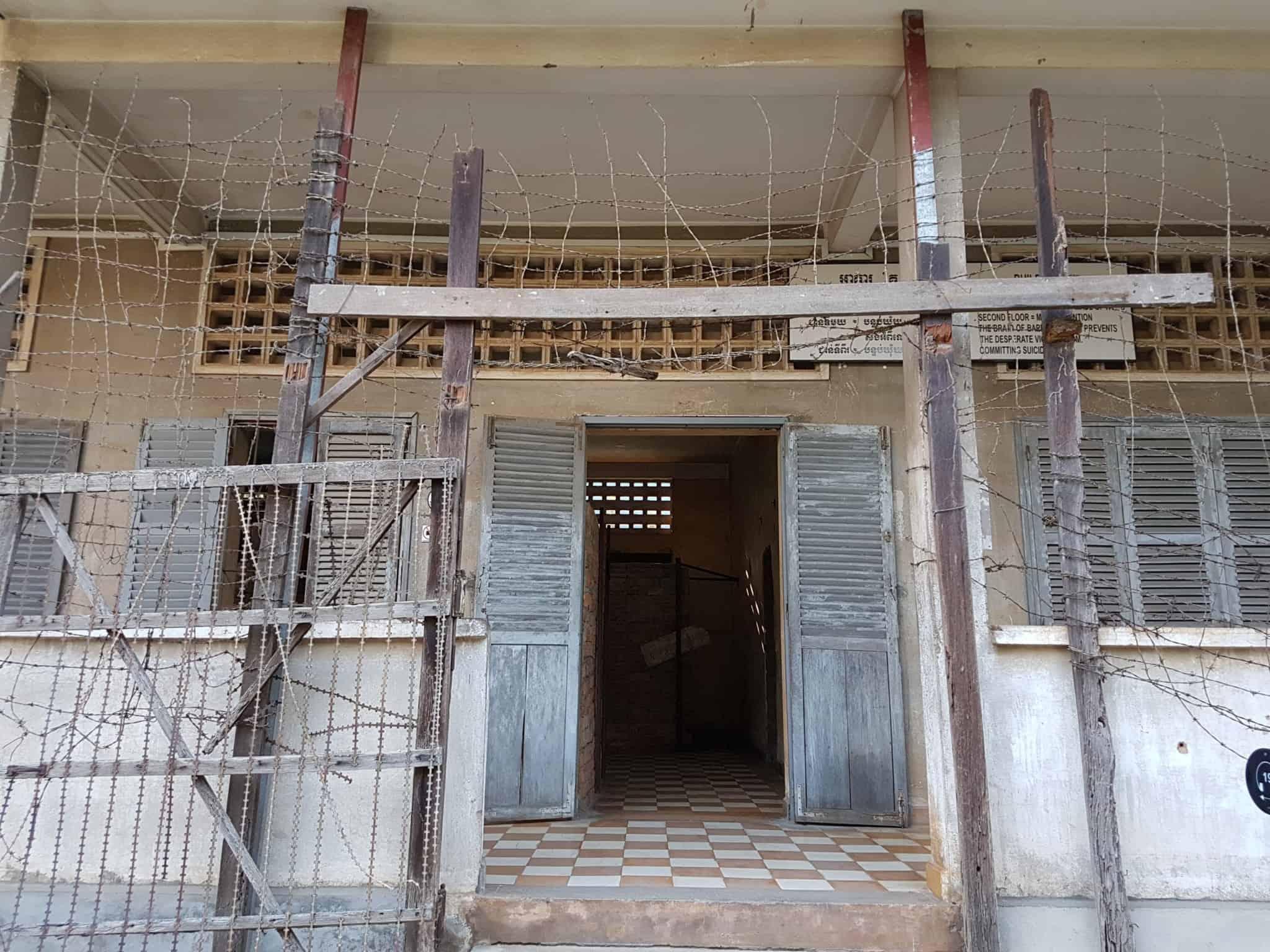 Cambodge, histoire du génocide et visite de la prison S21 😥 6