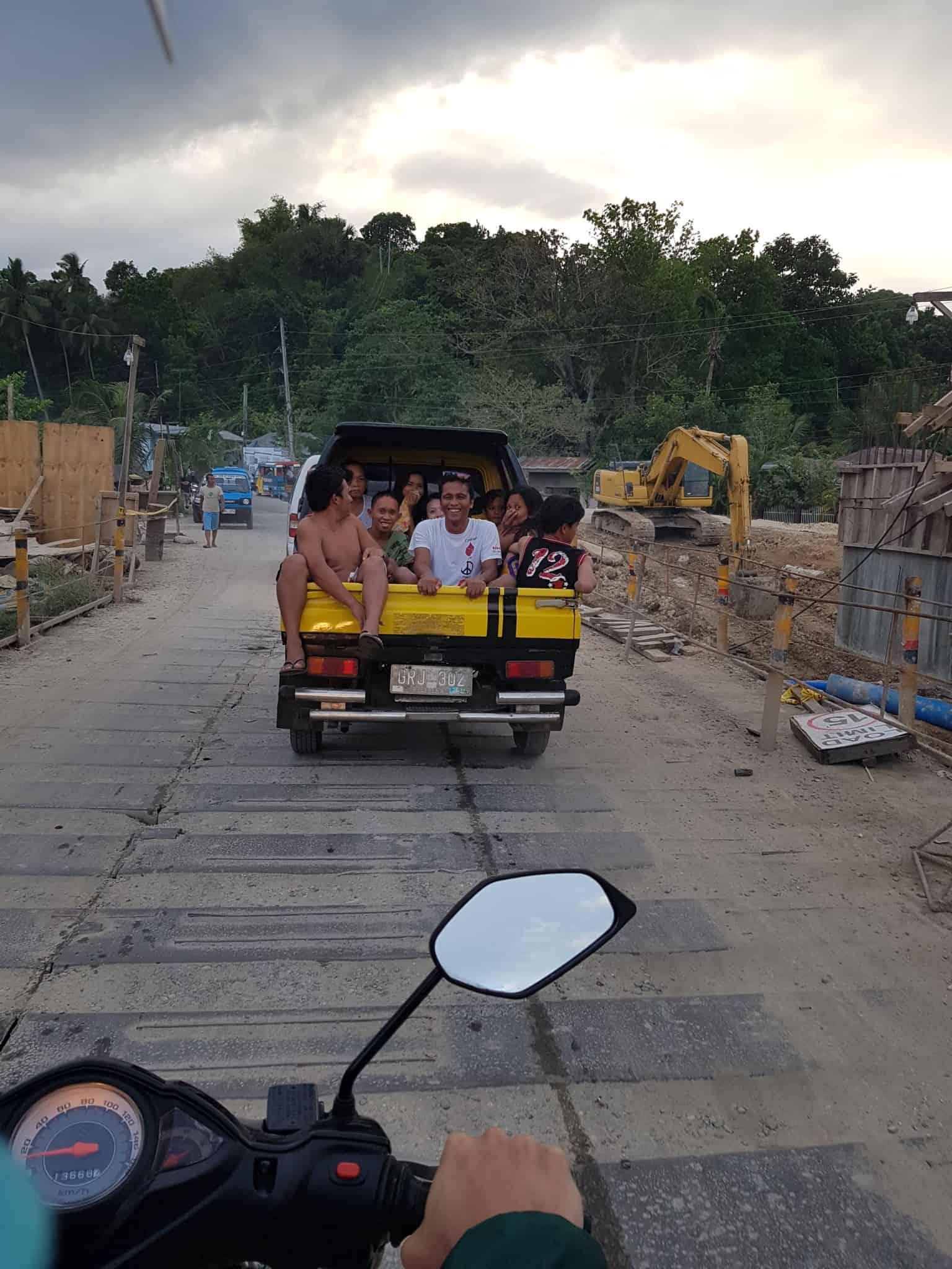 Philippines, on survit à une attaque de puces de lit 😲 10