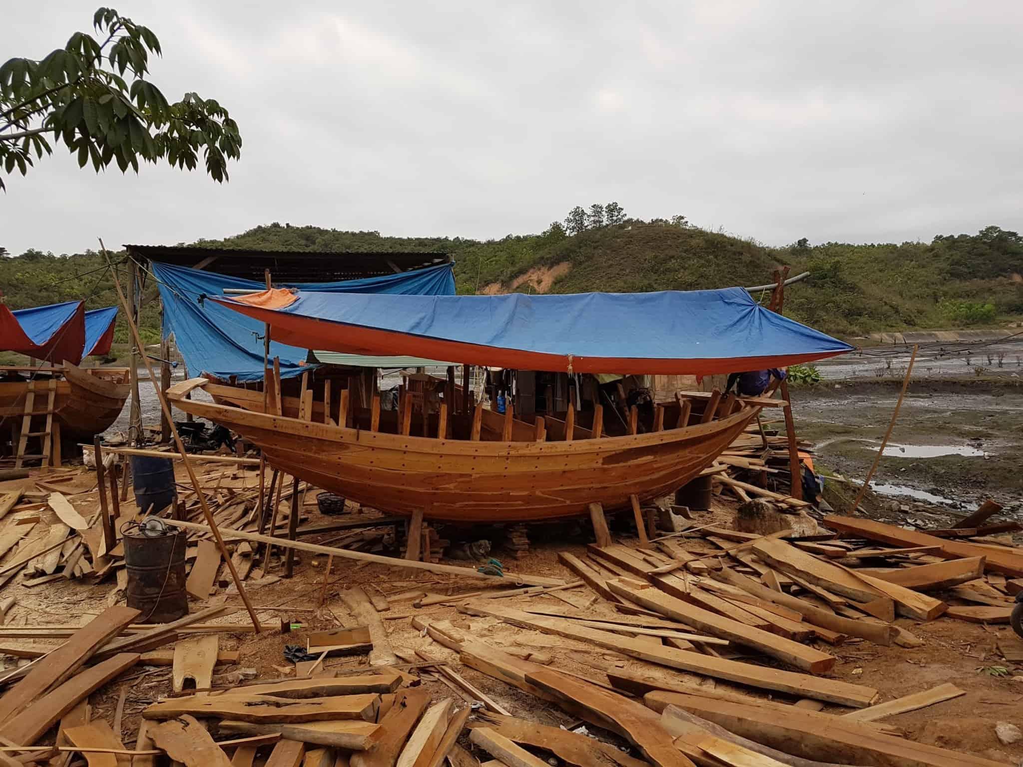 Vietnam, un petit village de pêcheurs dans la Baie d'Halong ⚓ 5