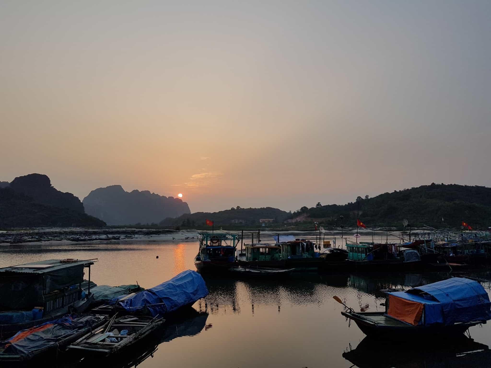 Vietnam, tour en bateau privé dans la baie d'Halong ⛵ 31