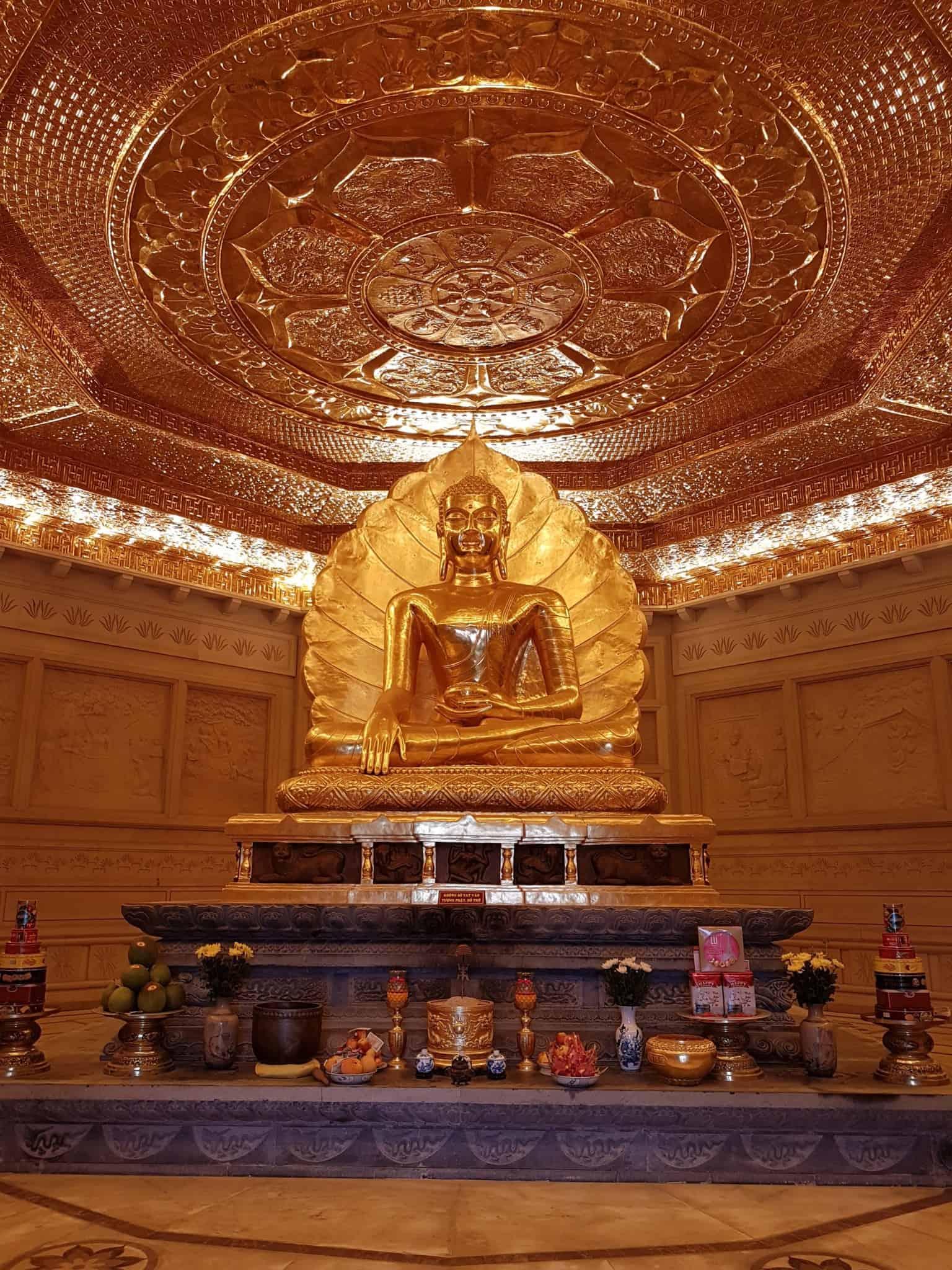 Vietnam, l'incontournable temple de Bai Dinh aux 500 statues 🛕 33
