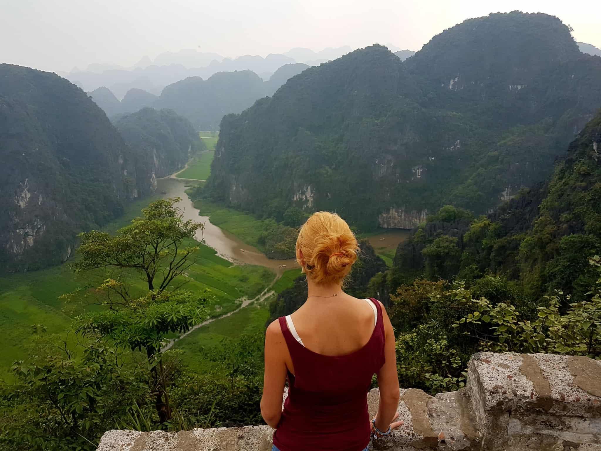 Vietnam, la vue spectaculaire sur Tam Coc depuis la Lying Dragon Mountain 😍 9
