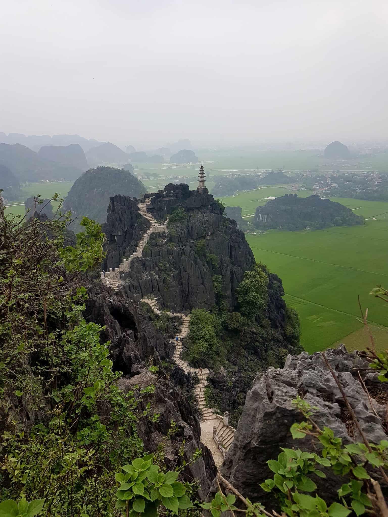 Vietnam, la vue spectaculaire sur Tam Coc depuis la Lying Dragon Mountain 😍 8