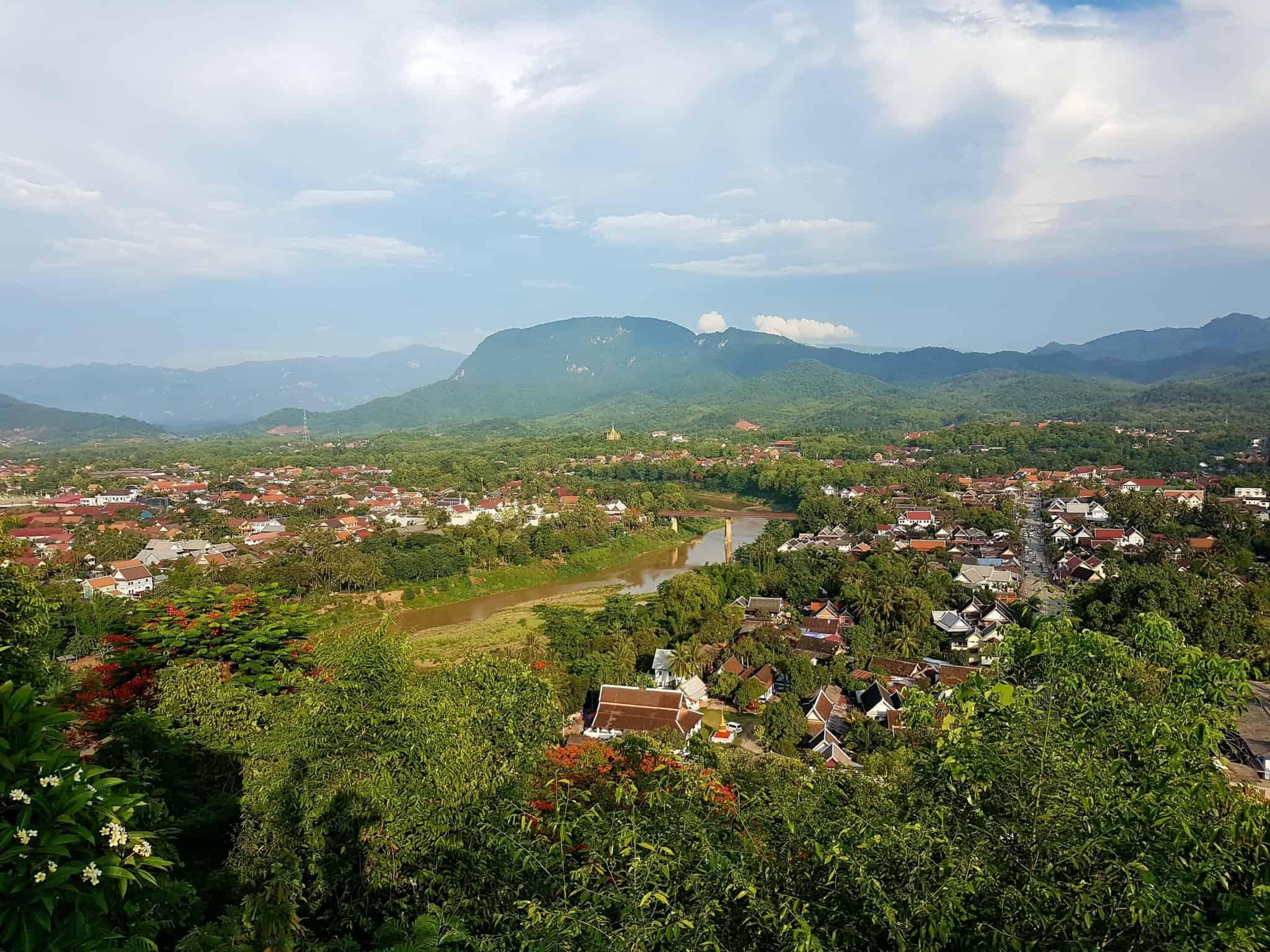 Laos, coucher de soleil depuis le Mont Phousi 🌄 19