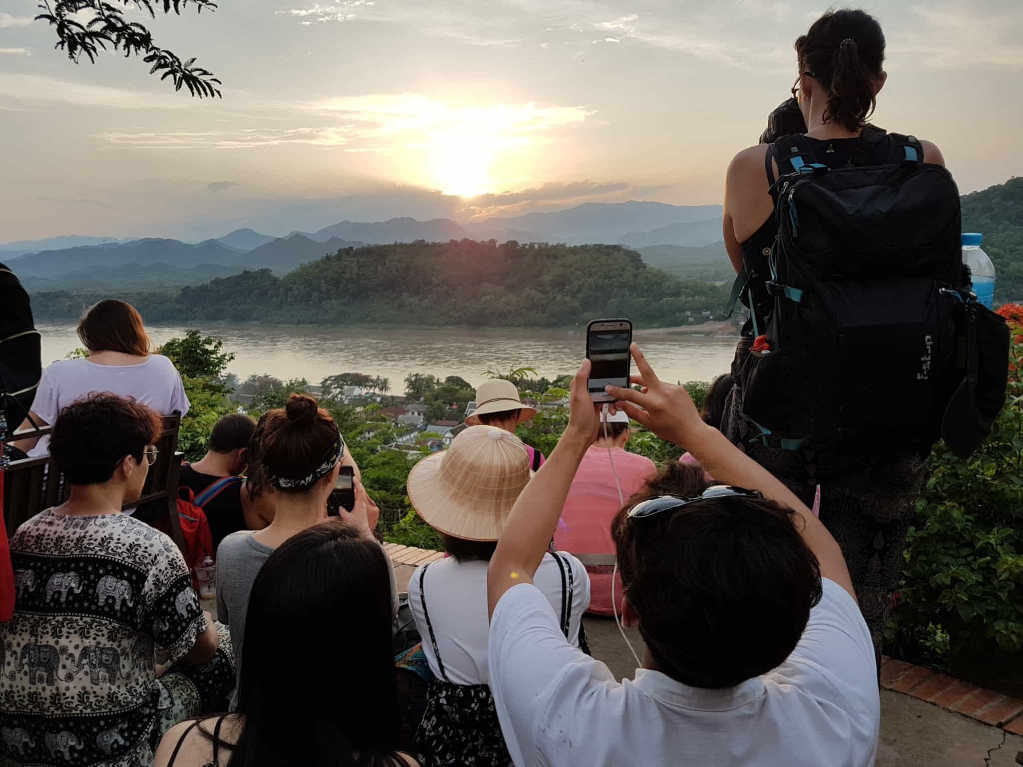 Laos, coucher de soleil depuis le Mont Phousi 🌄 22