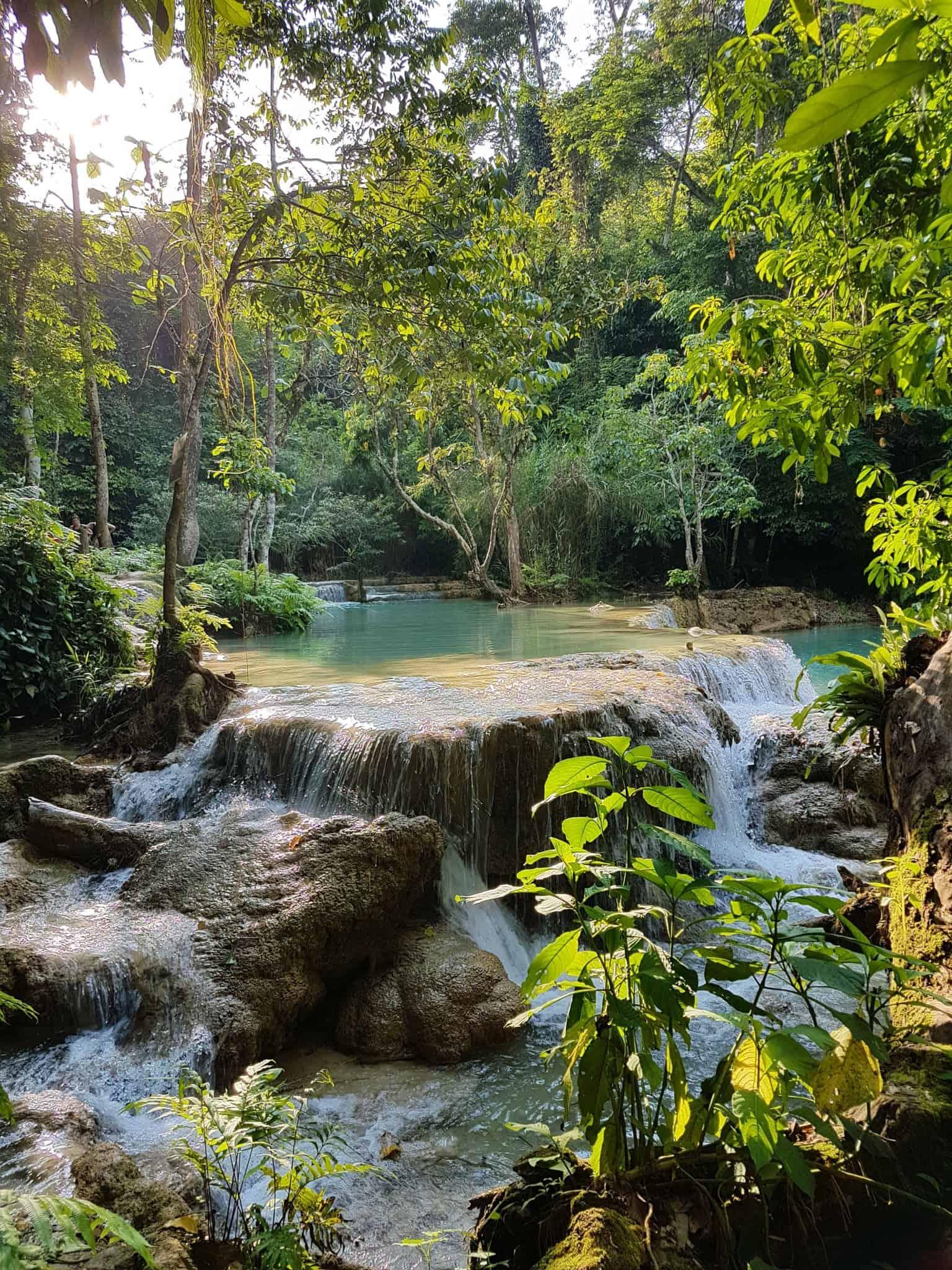 Laos, Kuang Si Waterfall une cascade à couper le souffle 👙 10