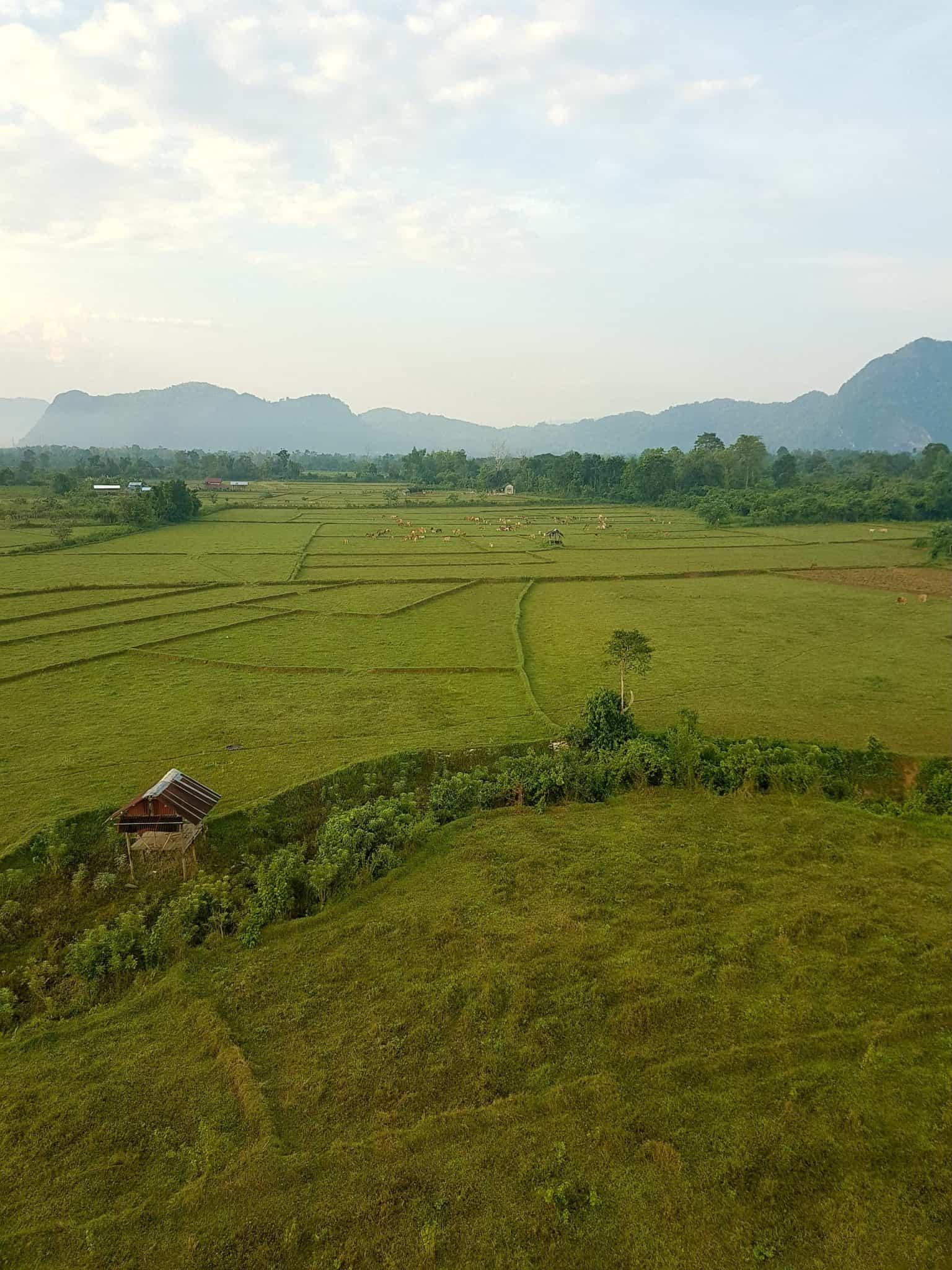 Laos, un vol en montgolfière au dessus de Vang Vieng riche en émotions 🎈 16