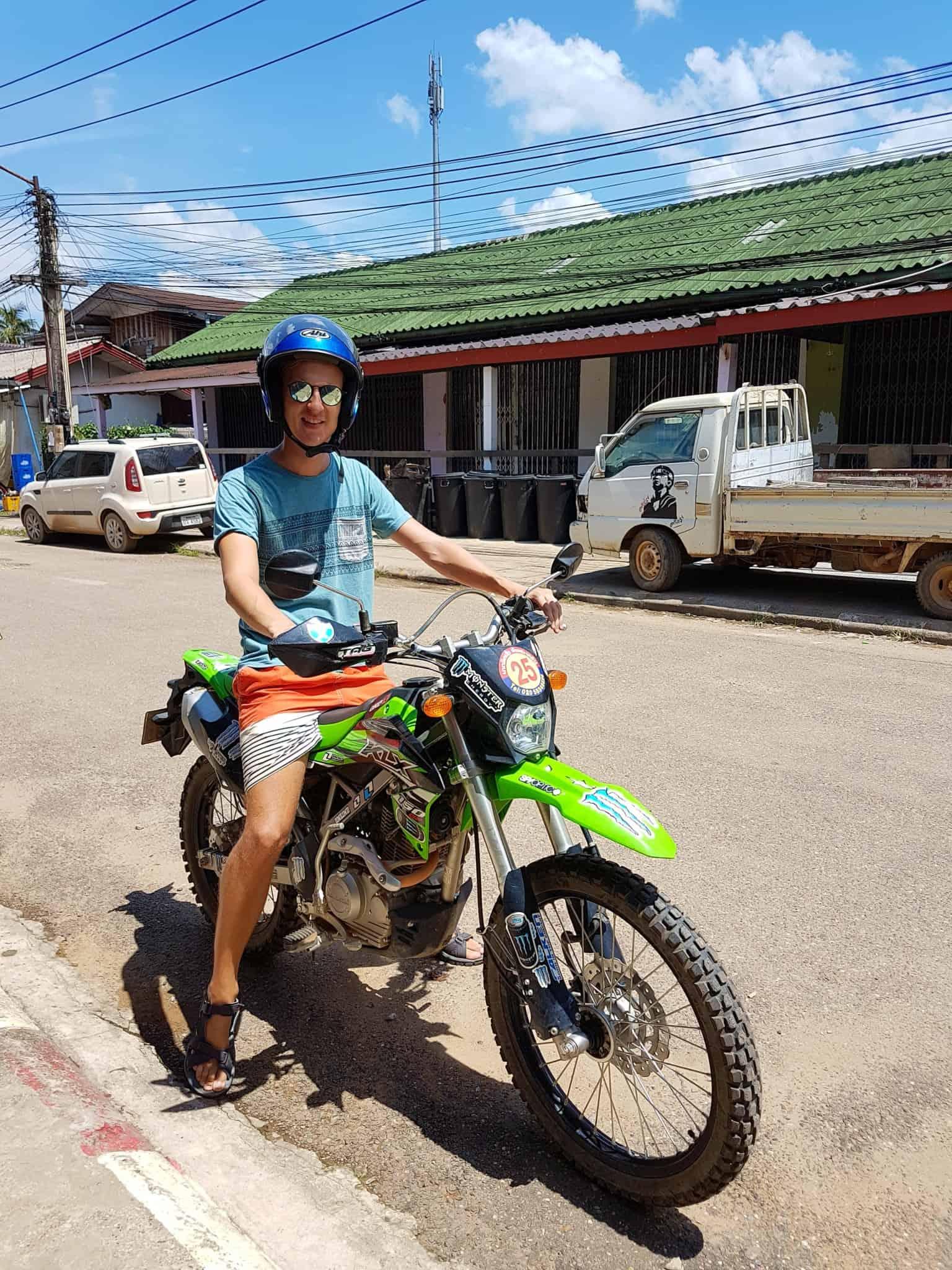 Laos, au cœur de la magnifique campagne de Vang Vieng en moto cross 🏍 1