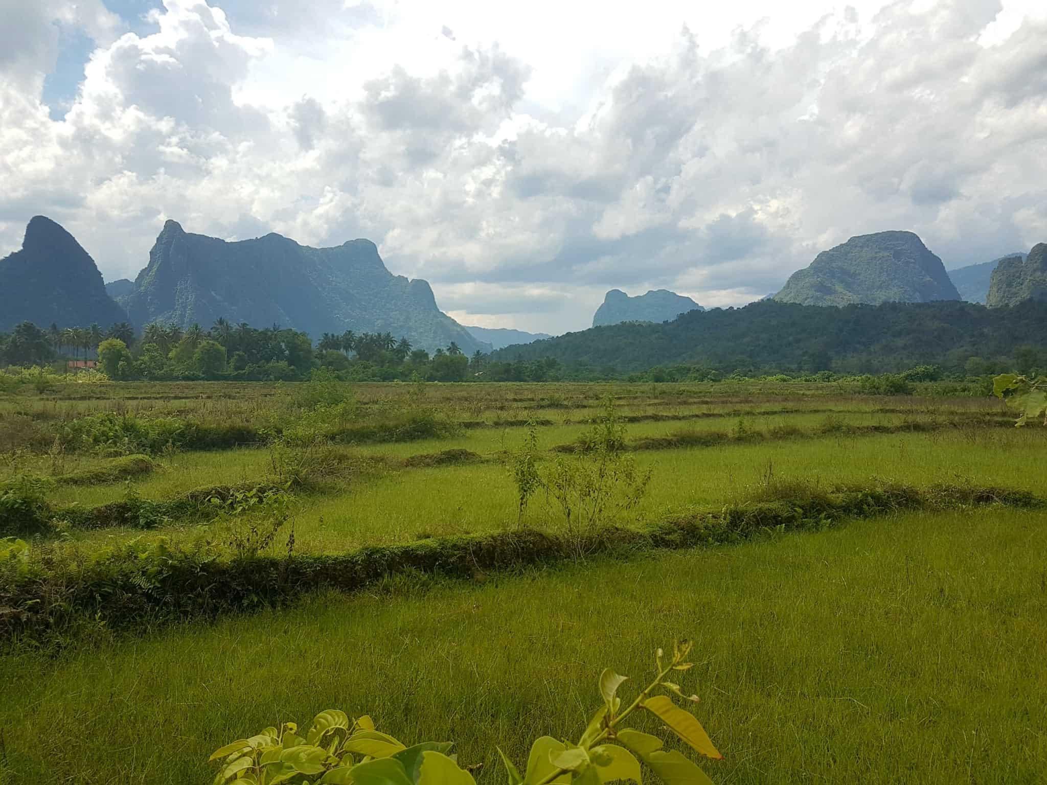 Laos, au cœur de la magnifique campagne de Vang Vieng en moto cross 🏍 8