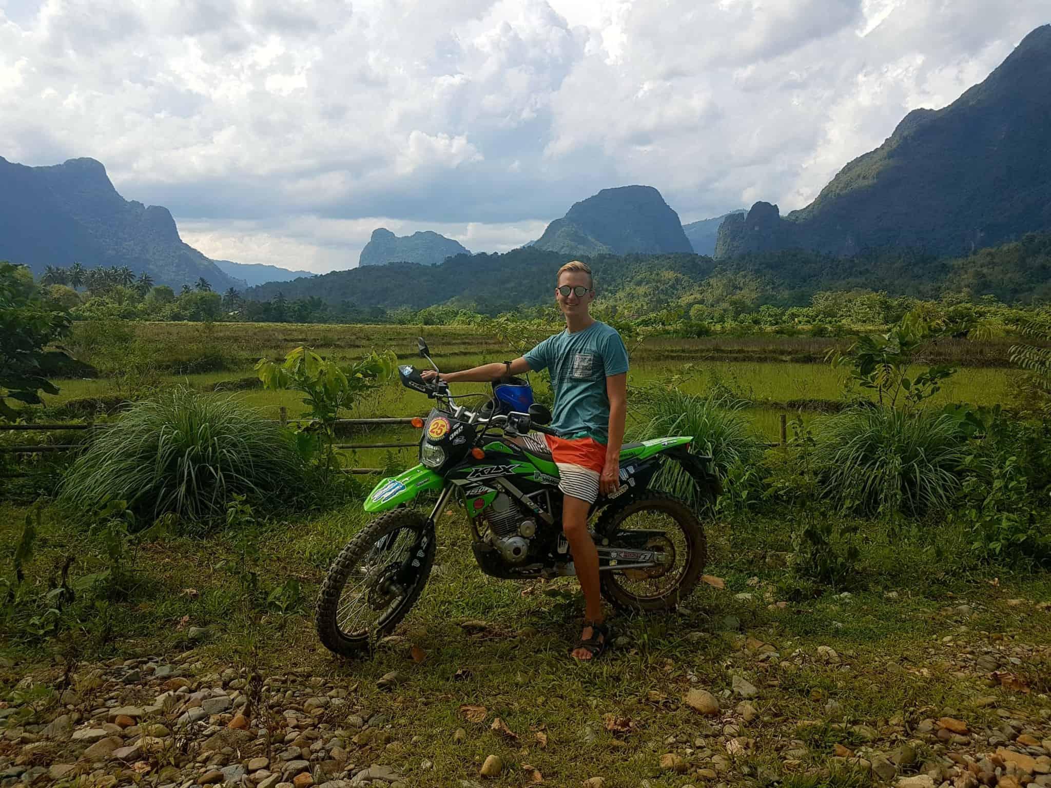 Laos, au cœur de la magnifique campagne de Vang Vieng en moto cross 🏍 10
