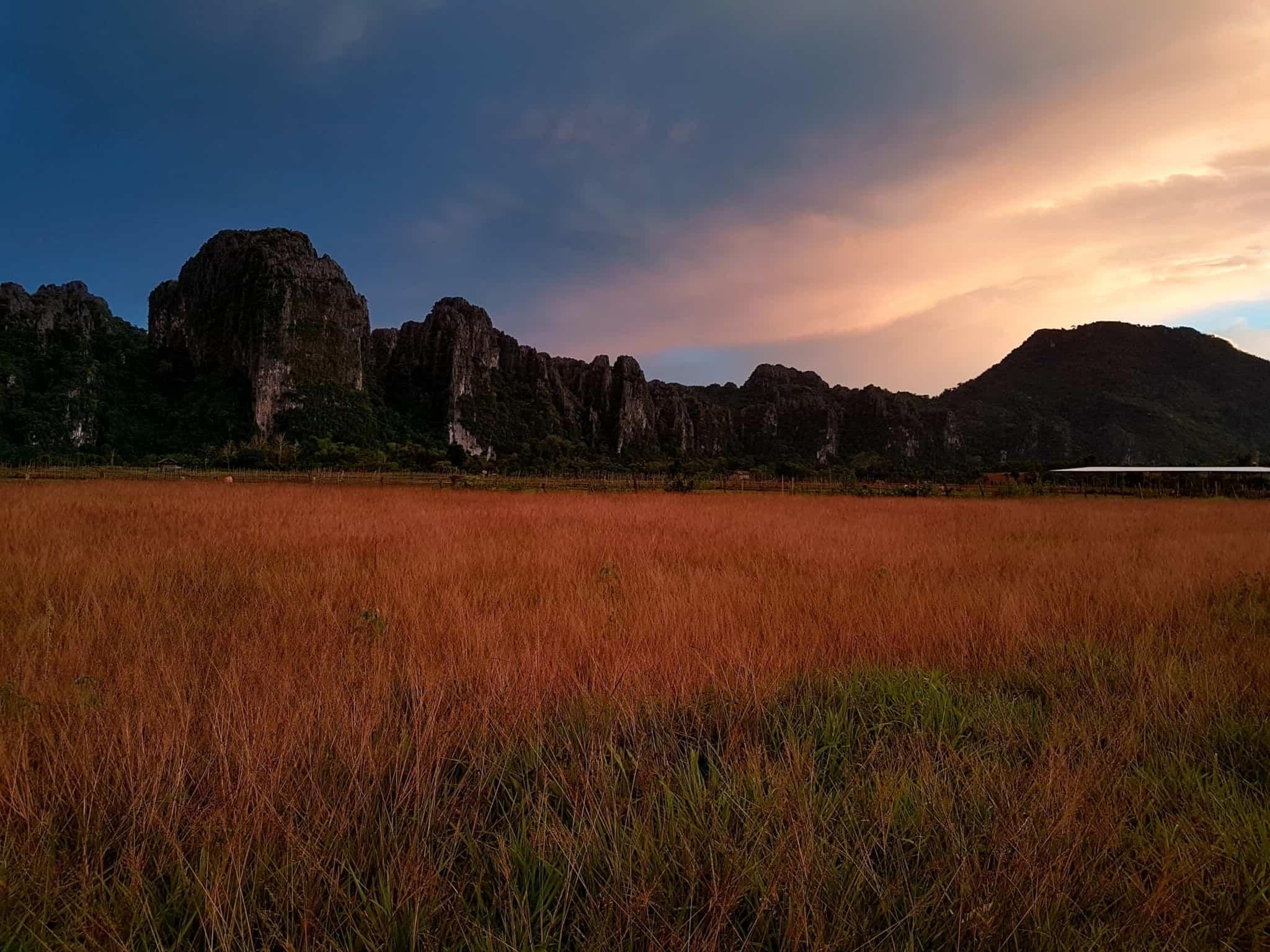Laos, au cœur de la magnifique campagne de Vang Vieng en moto cross 🏍 21