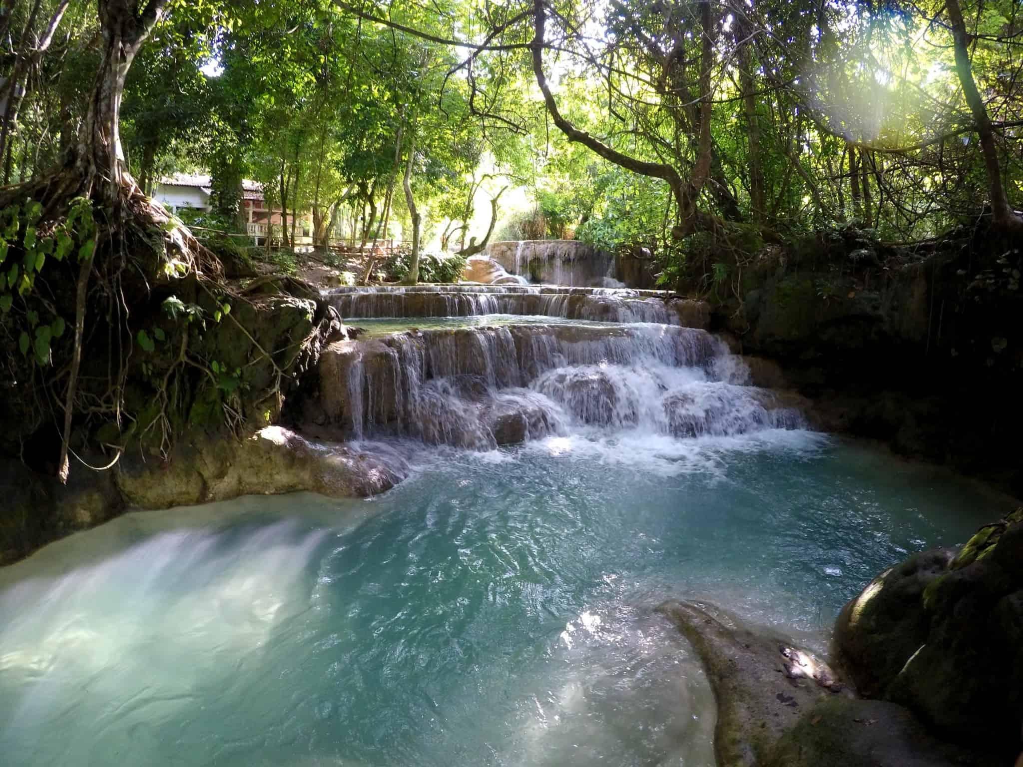 Laos, Kuang Si Waterfall une cascade à couper le souffle 👙 5