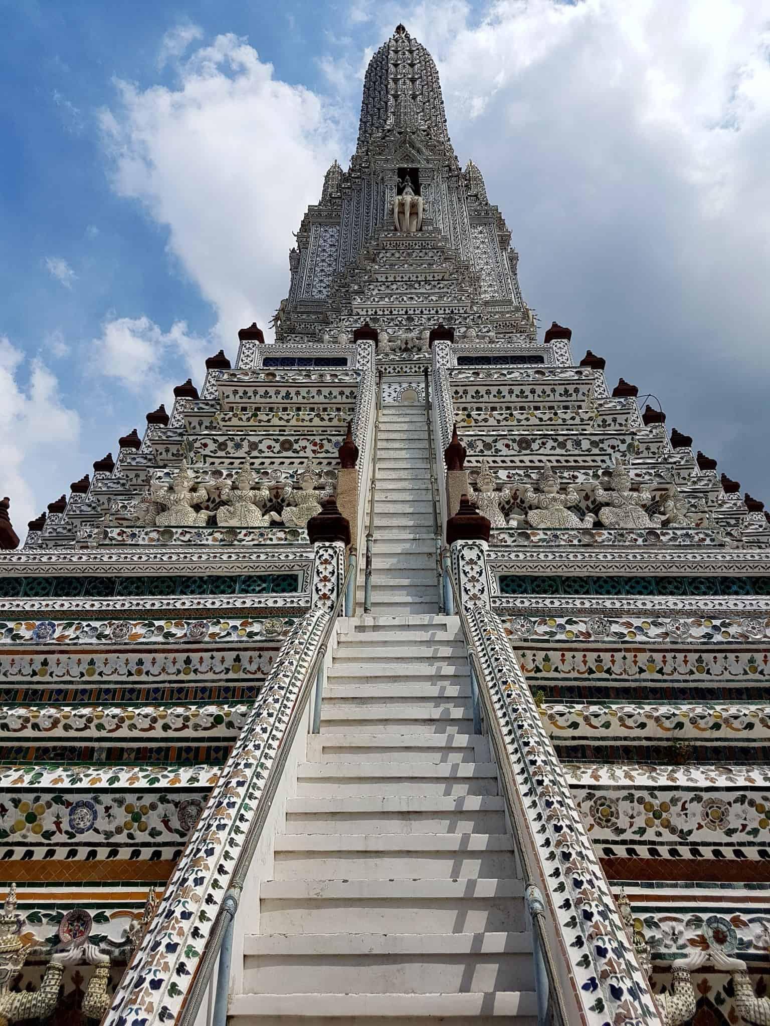 Thaïlande, visite du Wat Arun avant de monter dans l'avion qui nous ramène en France 💔✈ 3