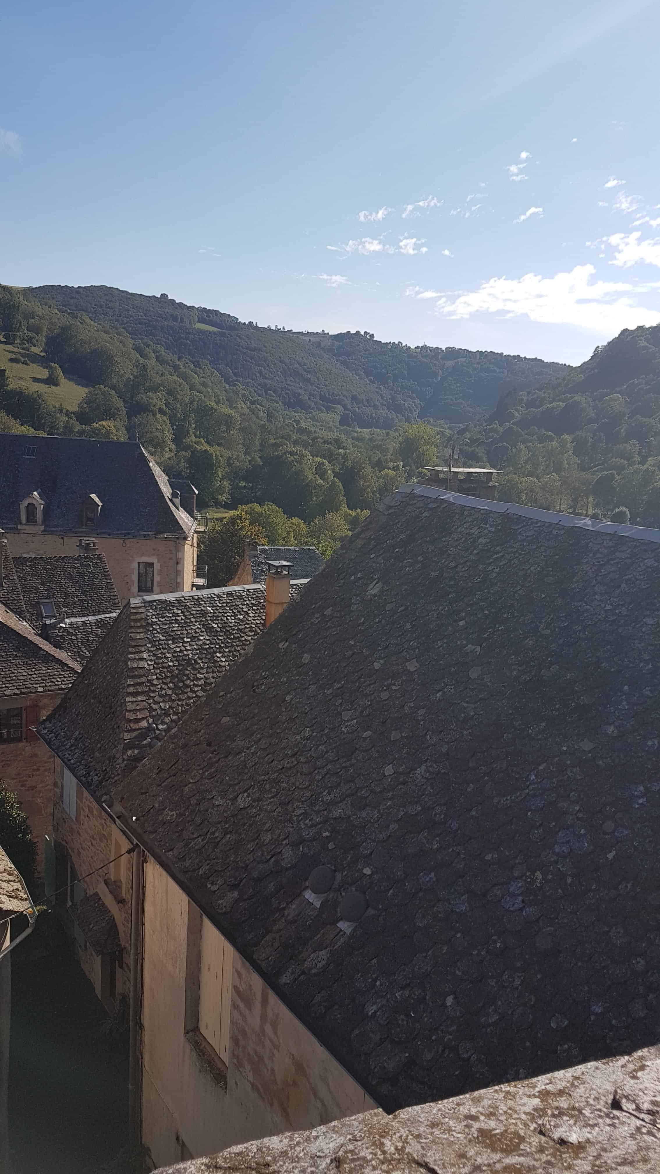 Chemin de Compostelle, on dort dans le couvent de Saint Côme-d'Olt ⛪ 19