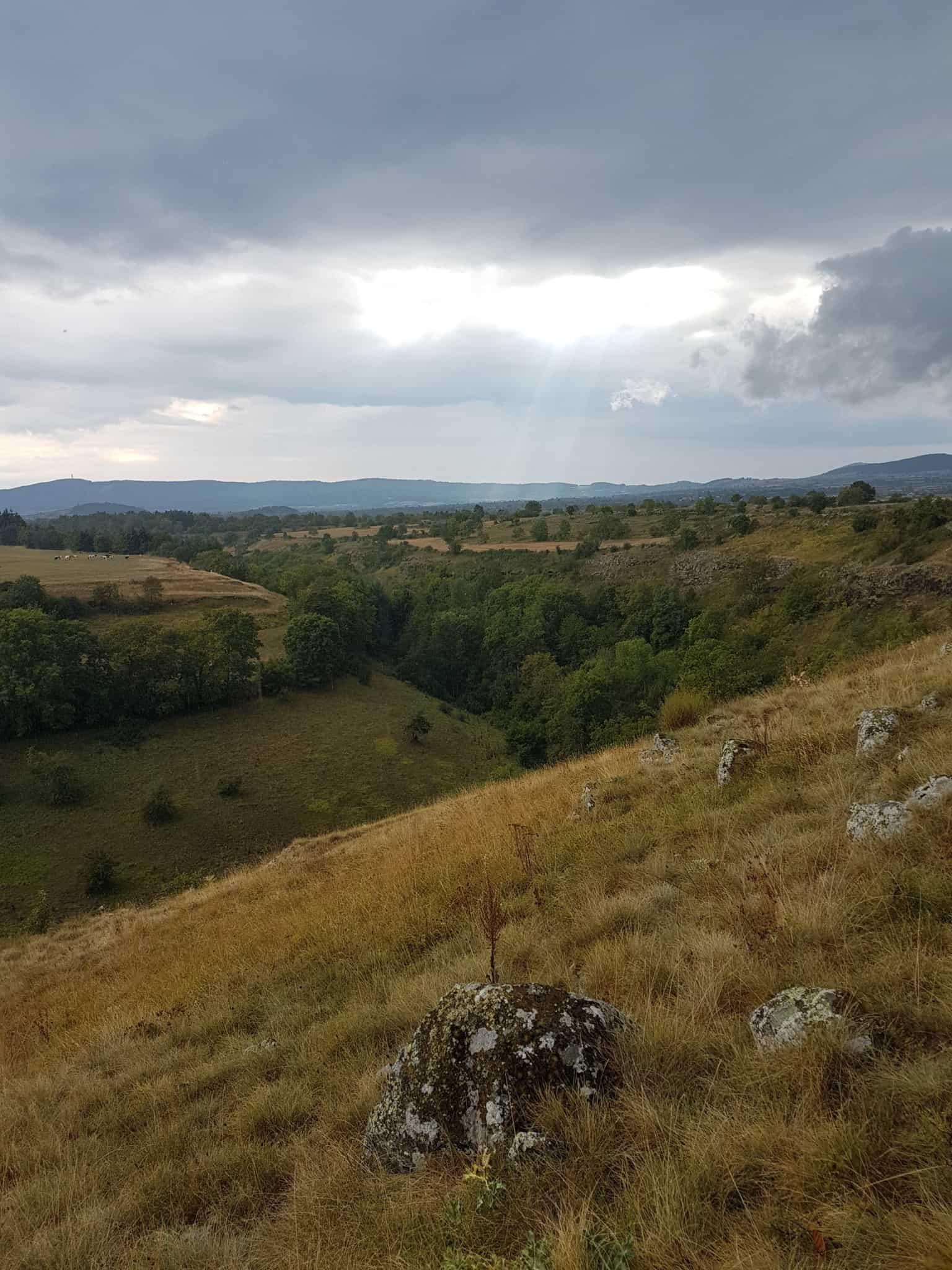 Chemin de Compostelle, un démarrage pluvieux vers Tallode ⛈ 10