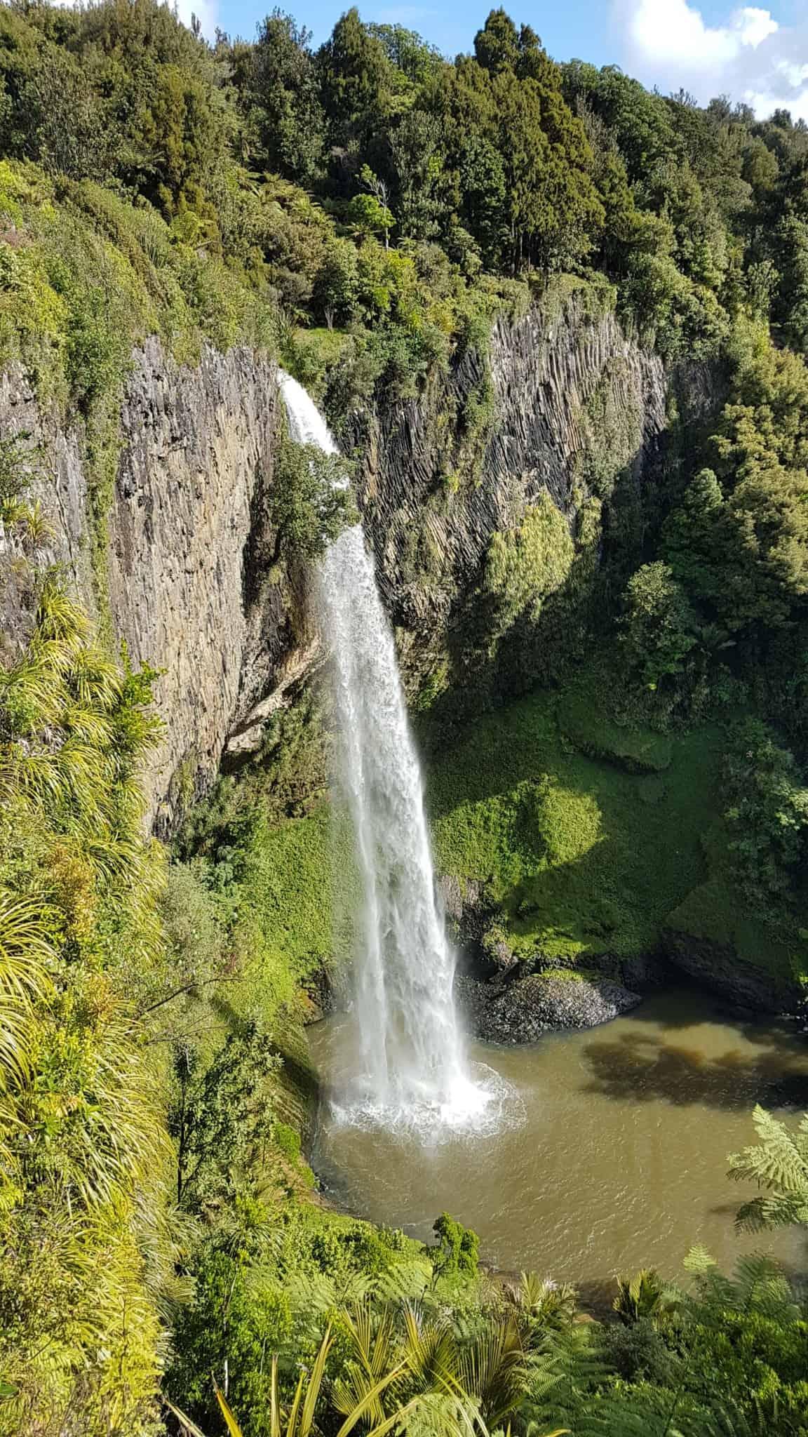 Nouvelle-Zélande, la magnifique cascade de Bridal Veil Falls 💧 12